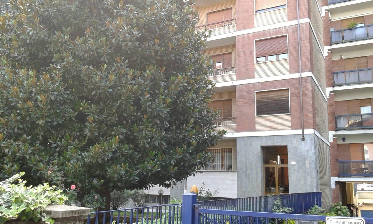 rif. 743 Torino – via Guido Reni