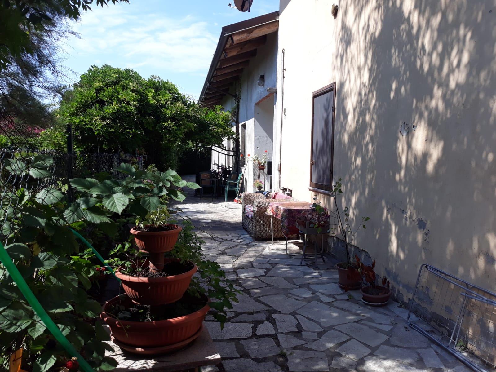 rif. 744 Venaria Reale – zona via Stefanat