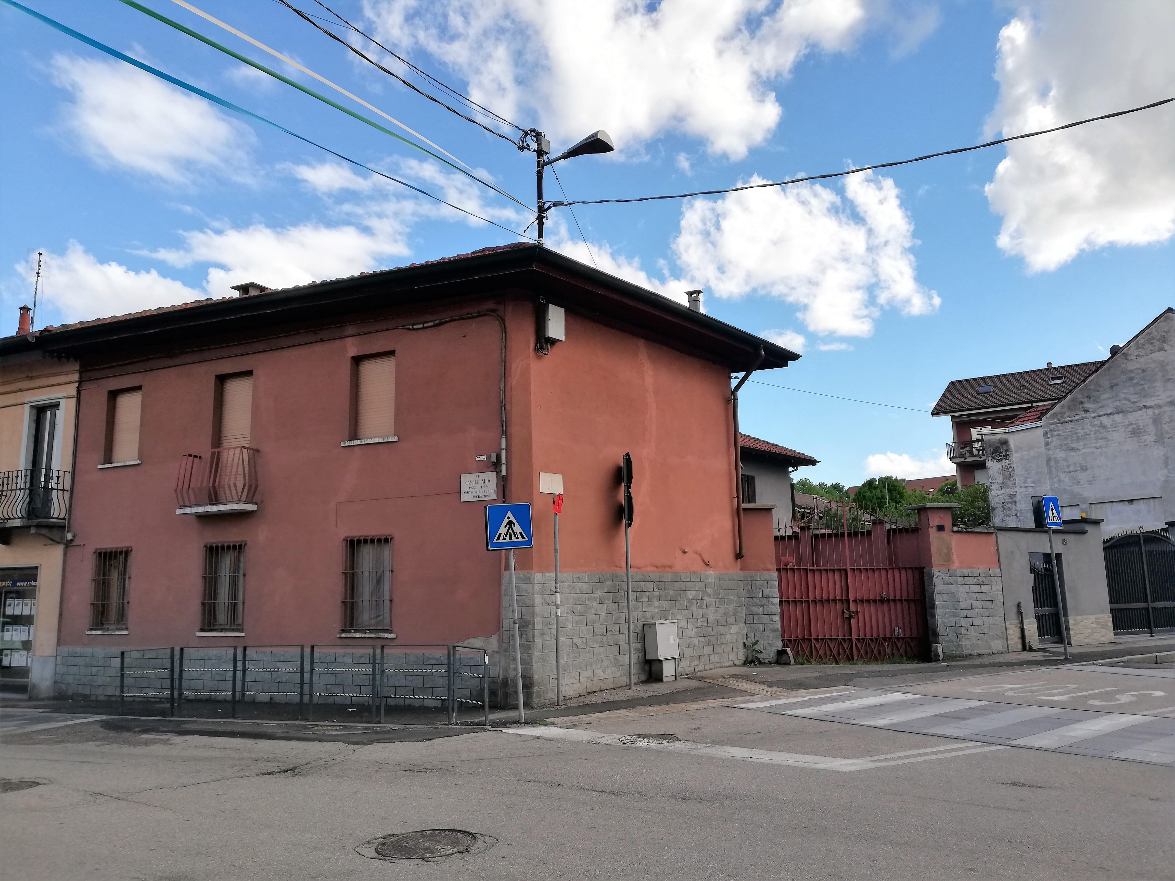 rif. 767 – Casa semindipendente su 2 livelli con cortile privato
