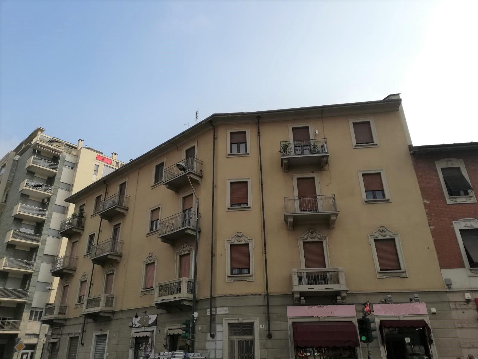 rif. 803 – Torino – Mad. di Campagna