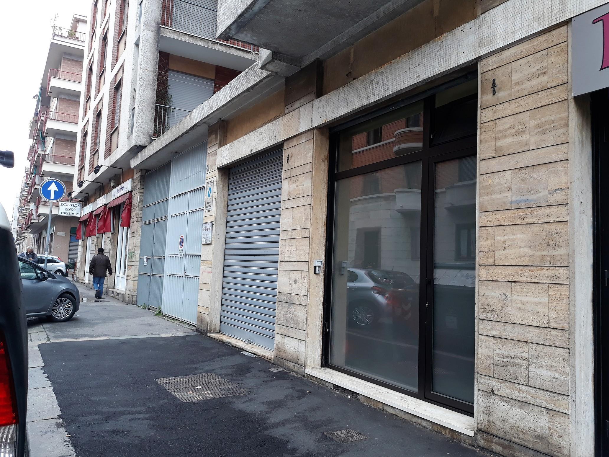 rif. 216 – Torino, pressi piazza Adriano